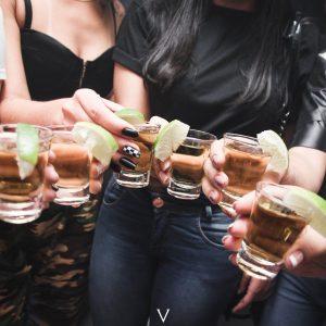 Die 10 besten Tipps für eine gelungene Party, die dem Gastgeber und den Gästen Spaß macht